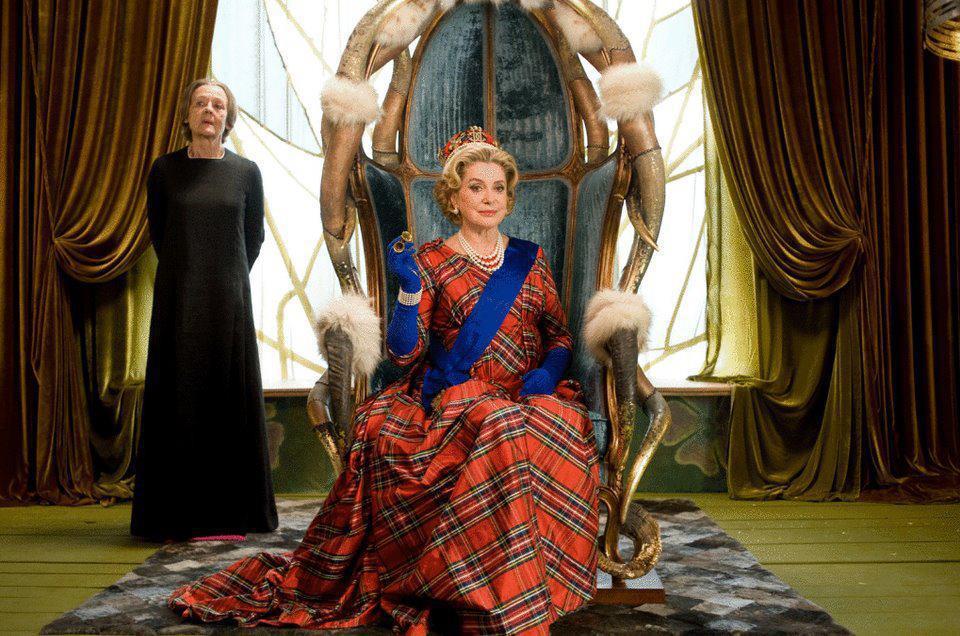 asterix au service de sa majesté catherine deneuve