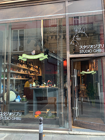 boutique studio ghibli © ecrannoir.fr