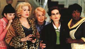 Catherine Deneuve in 8 femmes